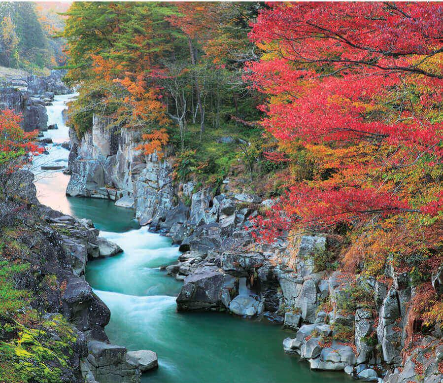 11月 厳美渓(岩手) 日本の朝 2022年カレンダーの画像