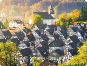 9-10月 アルターフレッケン ドイツ 世界のかわいい街と家 2022年カレンダーの画像