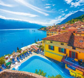 9-10月 ガルダ湖 イタリア 世界のリゾート(フィルムカレンダー) 2022年カレンダーの画像