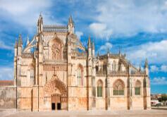 4月バターリャ修道院 ポルトガル 魅惑の世界遺産 2022年カレンダーの画像