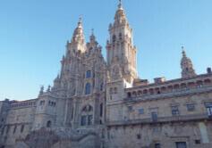 6月 サンティアゴ・デ・コンポステーラ(旧市街) スペイン 魅惑の世界遺産 2022年カレンダーの画像