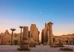 7月 古代都市テーベとその墓地遺 エジプト 魅惑の世界遺産 2022年カレンダーの画像