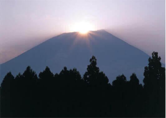 7月 富士宮市よりダイヤモンド富士(静岡) 富士十二景 2022年カレンダーの画像