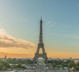 9月 パリ フランス ファンタジーワールド(A) 2022年カレンダーの画像