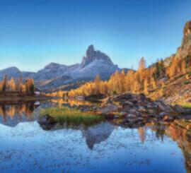 11月 フェデラ湖 イタリア ファンタジーワールド(A) 2022年カレンダーの画像