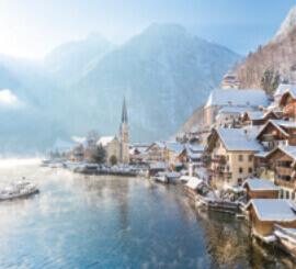 12月 ハルシュタット オーストリア ファンタジーワールド(A) 2022年カレンダーの画像