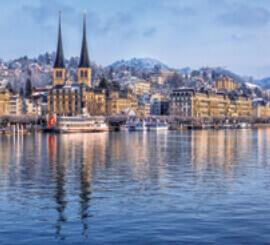 1月 ルツェルン スイス ファンタジーワールド(A) 2022年カレンダーの画像