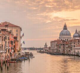 8月 ヴェネチア イタリア ファンタジーワールド(A) 2022年カレンダーの画像
